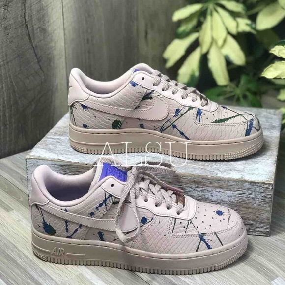 NWT Nike Air Force 1'07 Lux Particle BeigeBlue W